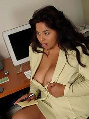 Secretary Galleries